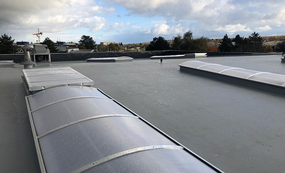 Réhabilitation isolation toitures usine Clayes-sous-Bois